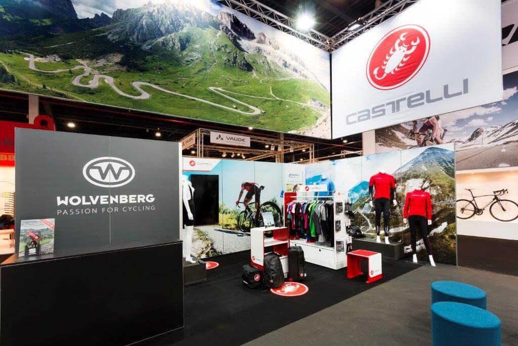 Modulaire stand voor sportkledij | © www.Expopoint.be